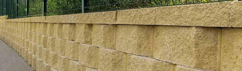 Preventivo Muro Cemento Armato.Recinzioni E Muri Di Contenimento Occorre Permesso Di Costruire