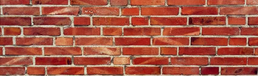vendere più materiali edili: muro di mattoni